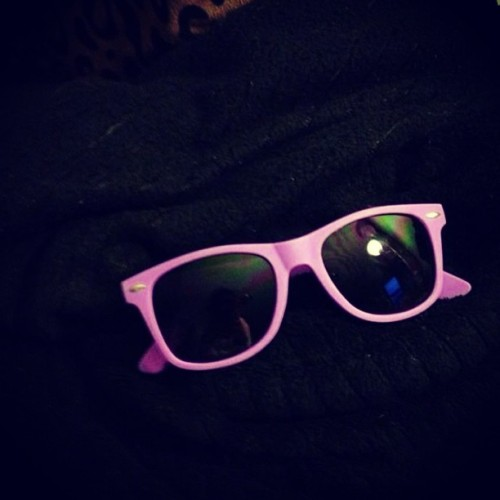 New #sunglasses bought for me by my little cousins friend 👍 they're pretty #boss #sun #sunny #spring #summer