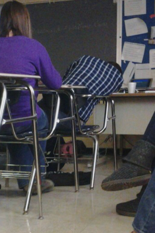 scumdeluxe:  poised-pandemonium:  So this kid in my history class fell asleep, and my teacher stopped class, got down on the floor, and tied his shoes together  why doesn't this have like 40,000 notes already?