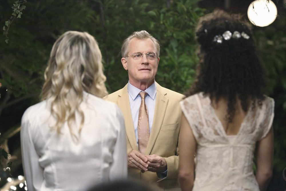 There's so much fun stuff on The Fosters wedding app! There's a guestbook, a bouquet toss, sneak peeks… you name it! Have you checked it out yet?