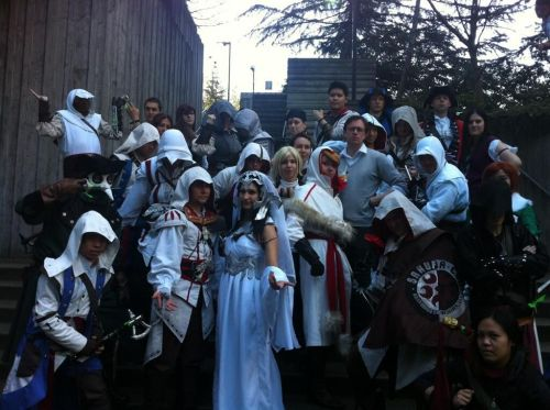 everythingasscreed:  Assassin's Creed cosplayers at Sakuracon! (photo from sporkbot)