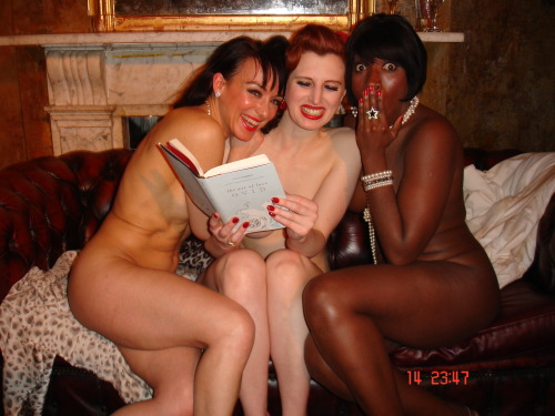 A little backstage cutesiness from the cast of Naked Girls...