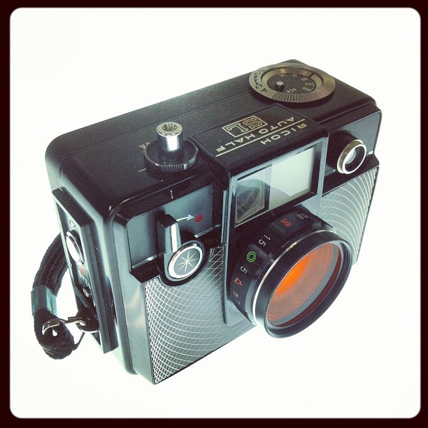 Ricoh AutoHalf SL on Flickr. Ricoh AutoHalf SL