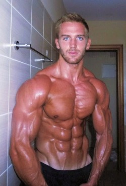 drwannabe:  Adam Charlton [view all posts of Adam]