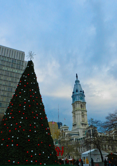 Philly at Christmastime (by Laura Swartz pompomflipflop)