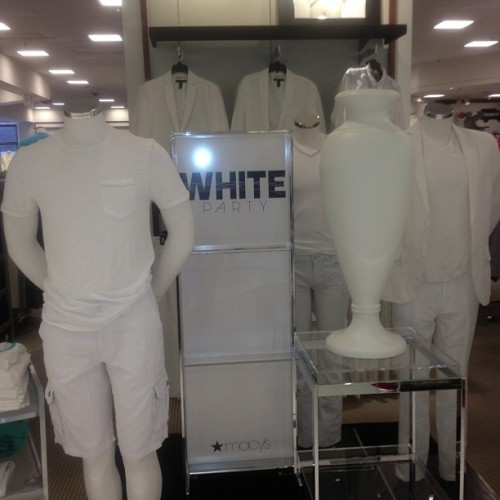 #WhiteParty #Macys #West  (at Westfield Culver City)