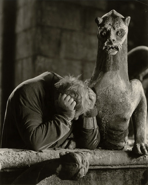 cosmosonic:   Charles Laughton in The Hunchback of Notre Dame, 1939