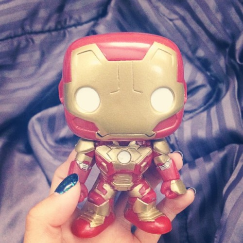 Yay best friend got me an Iron Man bobble head 😊😱