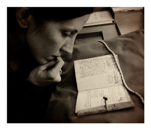 Codex Forster I  Leonardo's Notebook… … and I. :)  V&A Library, London