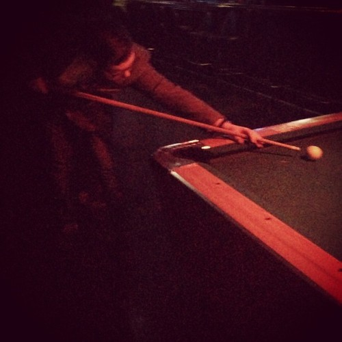 Alex and I played pool at a pirate bar #themutiny #pool #somuchgin