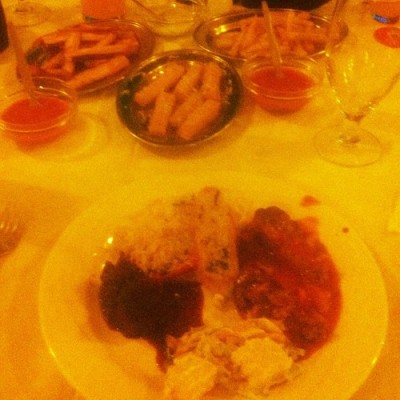 #PampaChurrascaria So the eating began with the appetizersssss … Loved the caramelized sweet potatoes (double impact)… They were gooooood.. (at Pampa Churrascaria)