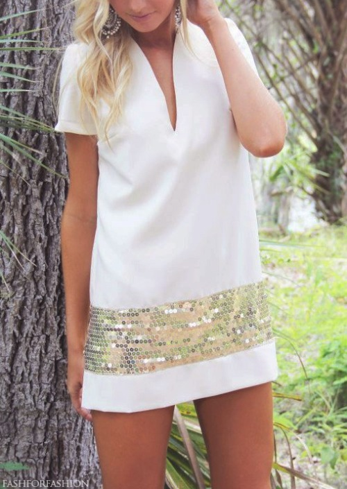 lovinglifeandlilly:  White + Sequins