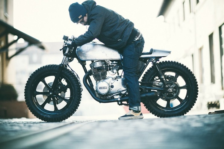 beethovensteaparty:  Hookie custom Yamaha XS360 Cafe Racer