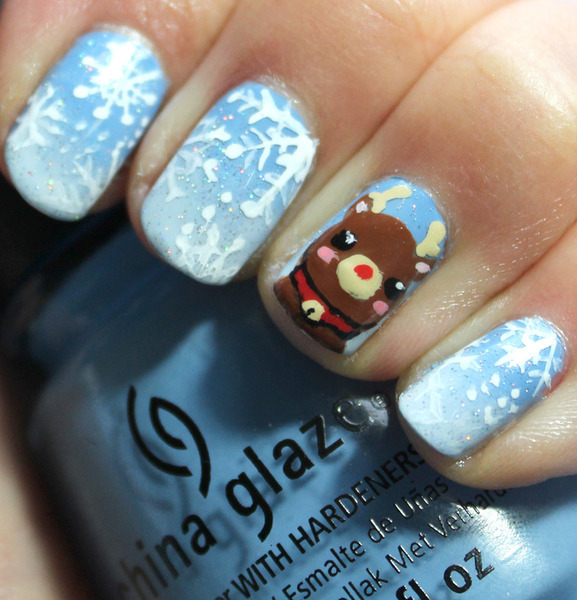 beautylish:  Aren't Sea l.'s Rudolph and snowflake nails adorable?