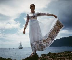 I never get tired of this picture. Julie Andrews on the set of Hawaii (1966).
