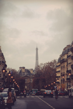 Just another whimsical day in Paris. Take me there.