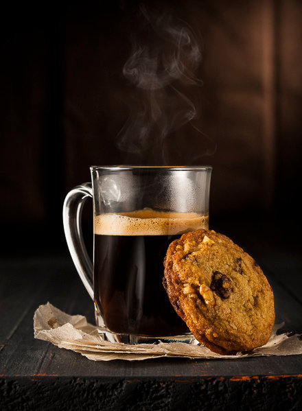theantidote:   Coffee & chocolate chip cookie (by Studio Oz)