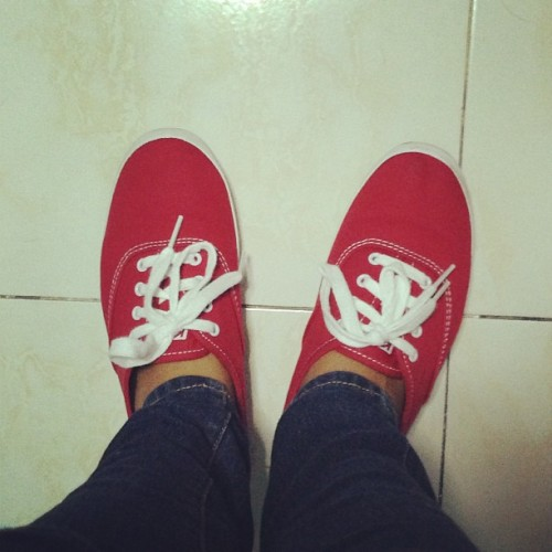 Finally got my dream Keds shoes. #redkeds #taylorswift  @kedsph