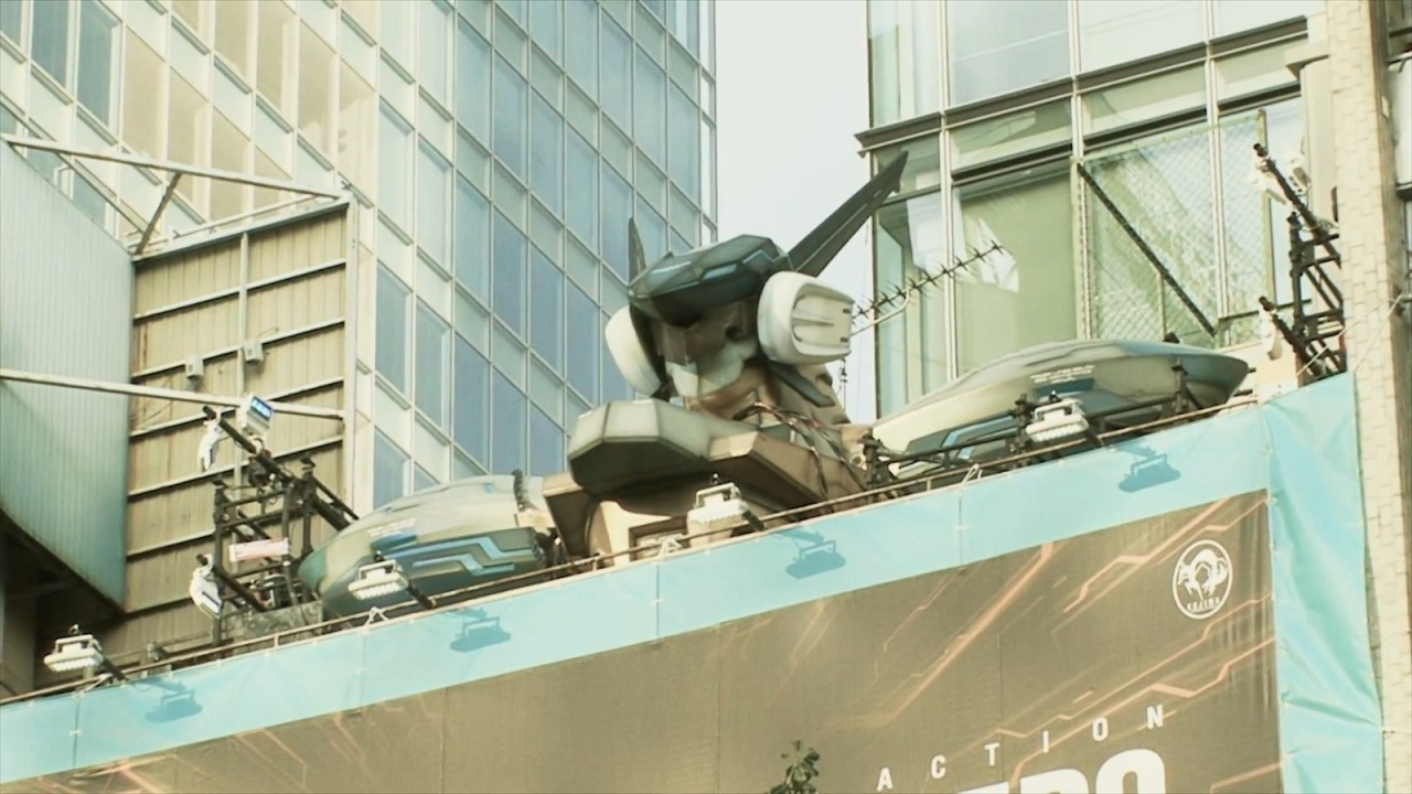 Scale Bust of Jehuty From Z.O.E.  Zone of the Enders is often viewed as Kojima's most underrated work. I think it is probably one of the most underrated series of all time. To celebrate the launch of the Z.O.E. HD Collection, Konami decided to build and display a scale model of Jehuty and put it on a building in Akihabara. If only it would open up to reveal Zone of the Enders 3 inside of it. Check It: More Gaming on AlbotasBuy It: Zone of the Enders HD Collection