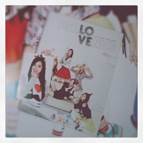 #헬로비너스 #오늘뭐해 #HelloVenus #WhatAreYouDoingToday #CD #PhotoCard #YooAra #Alice #KwonNara #Nara #ShinYoonjo #YoonJo #KimHyeLim #Lime #LeeYooYoung  #Kpop #HelloCupid #Beautiful #Beauty