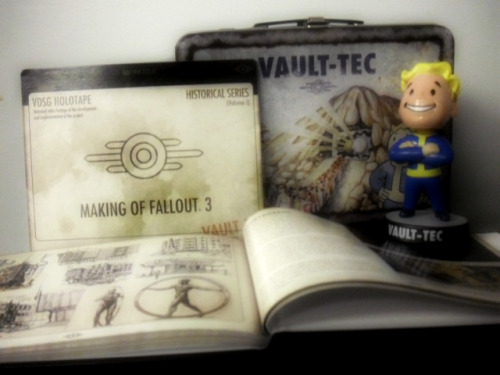 (via Fallout 3 Collectible Lunchbox Dented Bobblehead Making DVD Art Book Like New | eBay)