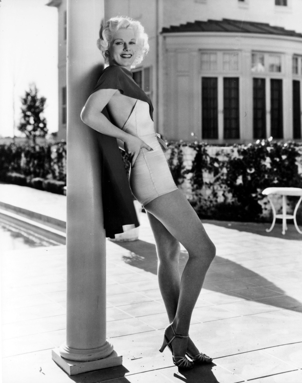 retrogasm:  Harlow