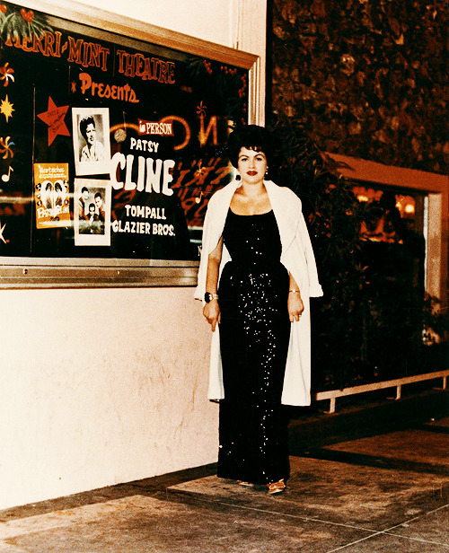 Patsy Cline at the Mint Theatre in Las Vegas, late 1962