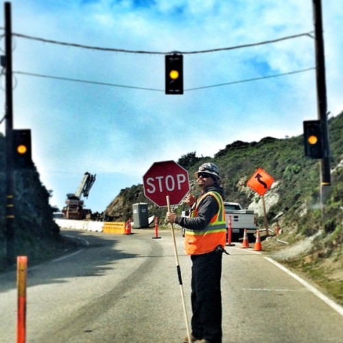 We were stopped twice today. Lane closures due to road constructions.   #pch #route1 #california #roadtrip #stop #freeway #highway1 (at Cabrillo Hwy)