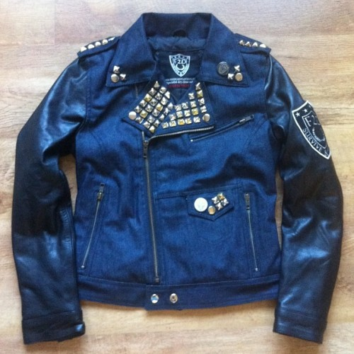 LADIES F2D DENIM AND LEATHER BIKER JACKET CUSTOMISED BY @jasminef2d #f2dclothing #f2d #bikerjacket #leather #denim #streetwear #ladies #girls #women #dope #fashion