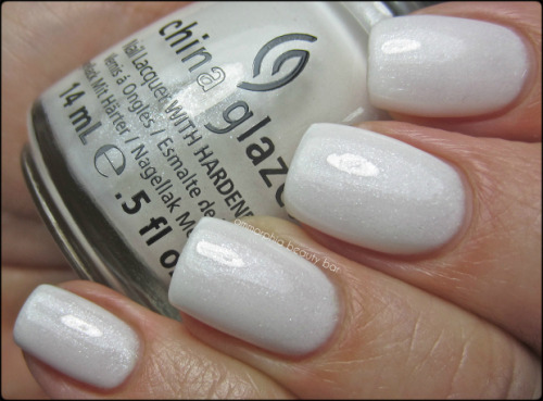 fingernailsaregood:  China Glaze Dandy Lyin' Around.