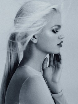 pradaphne:  Daphne Groeneveld photographed by Steven Meisel for Dior Addict Beauty Spring/Summer 2013.