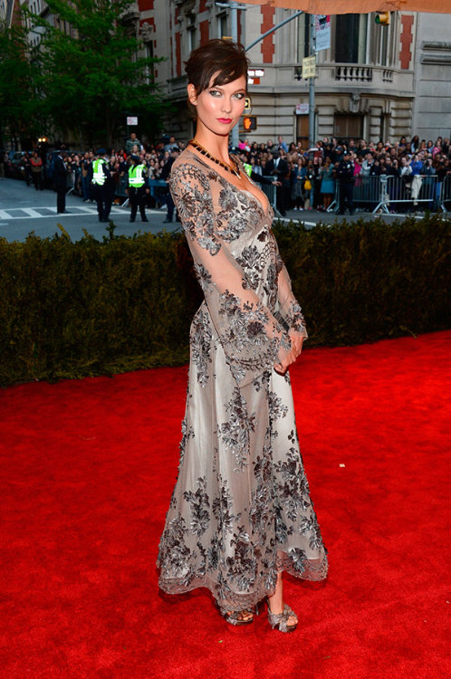 Karlie Kloss in Louis Vuitton at The Met Gala, 2013