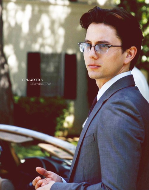 cptjasper:  JACKSON RATHBONE | the fox Den