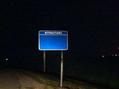 blinddarkness:  rlmjob:  welcome to my blog  the sign looks like it's walking towards me i feel threatened