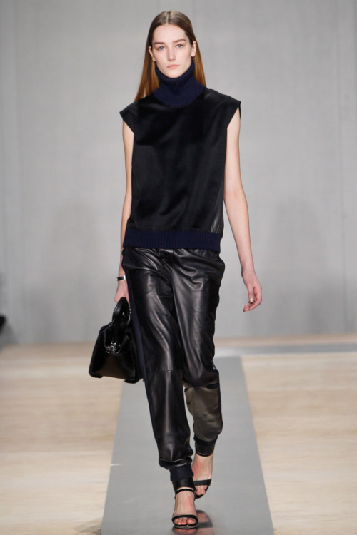 yourmothershouldknow:  Reed Krakoff Autumn/Winter 2013 New York Fashion Week