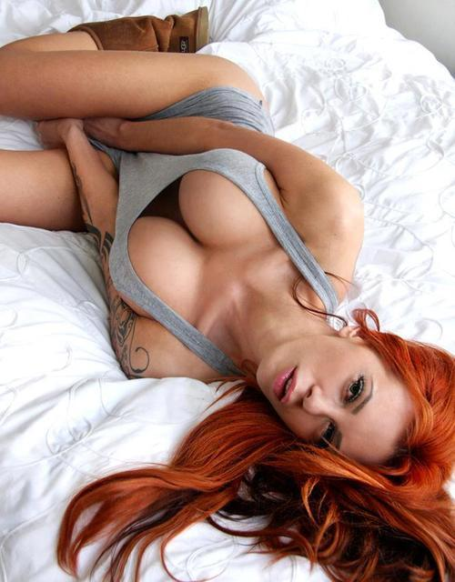 sex-like-a-nympho:  red. heads.
