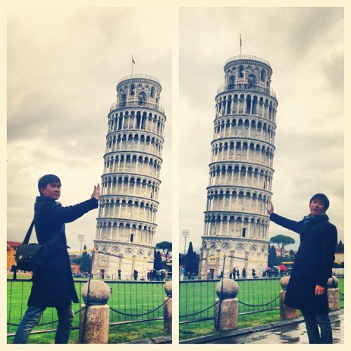 55 tonnes? Lightweight. 💪 (at pisa leaning tower)
