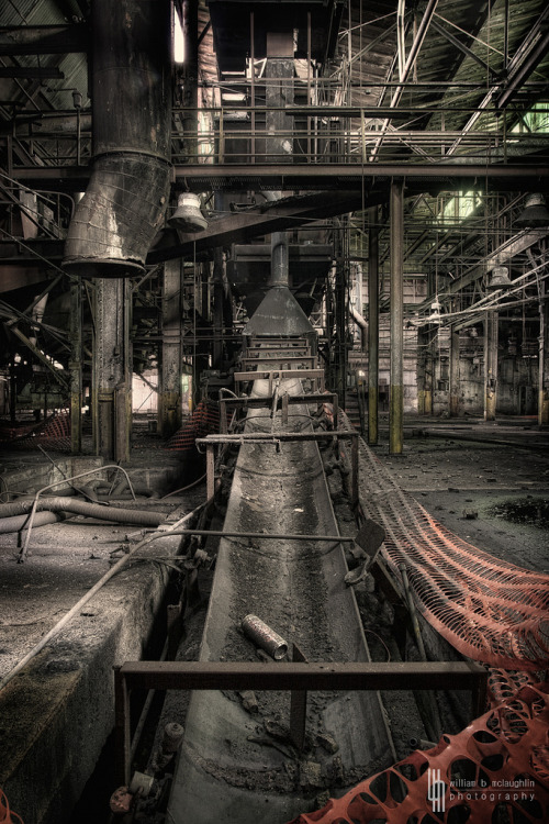 derelictmetropolis:  Up The Conveyor (by billmclaugh)