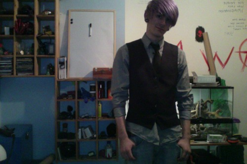 Now goin out to the pub with Bradley and Evie lookin all stylin :]