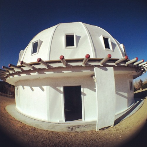 Met some #hippies in the #desert this weekend. #aliens #integratron #cool (at Integratron)