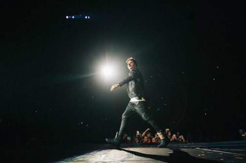 @justinbieber: #Orlando today. #Believetour - i got a job to do. http://t.co/mhNAiprf
