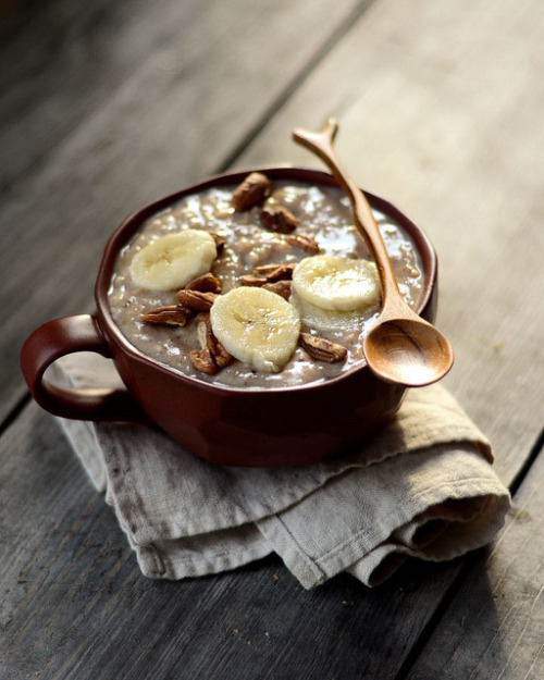 tocamelot:  (via Banana Nut Bread Oatmeal | Cooking for Seven)