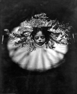 suicideblonde:  Sally Mann