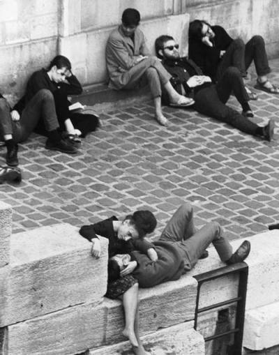 thechloeword:  Parisian beatniks hang out on bank of the Seine, 1963