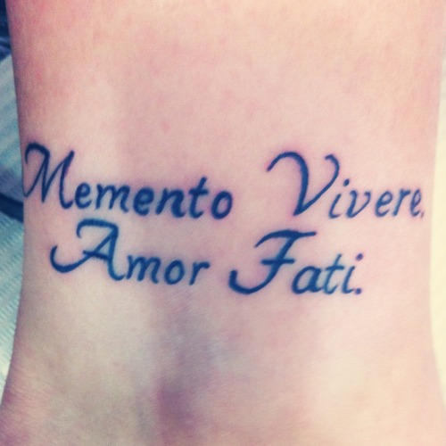 "yosoyene:  ""Amor Fati – ""Love Your Fate"", which is in fact your life.""  Friedrich Nietzsche"