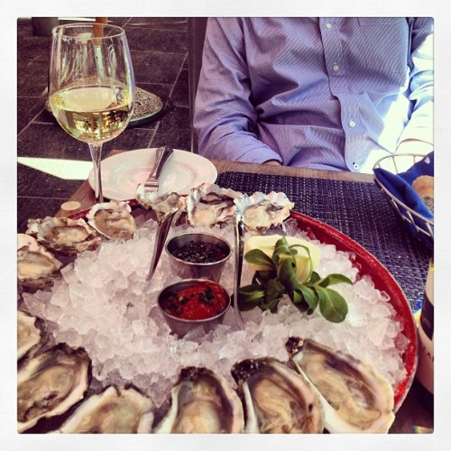 Oysters & Riesling two days in a row! Thirsty Thursday :) awesome food, gorgeous weather, amazing company! (at Brasserie Beck)