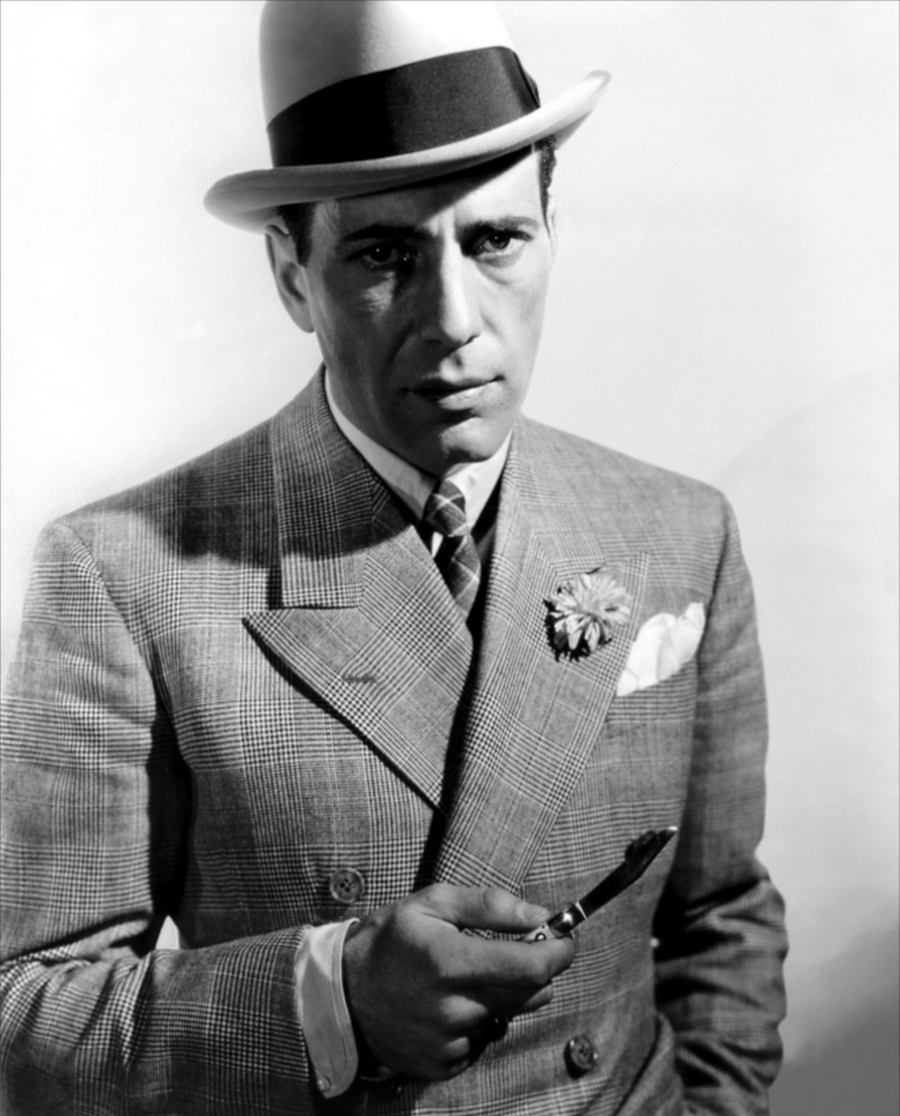 avasgal:  Humphrey Bogart in Kid Galahad (1937).