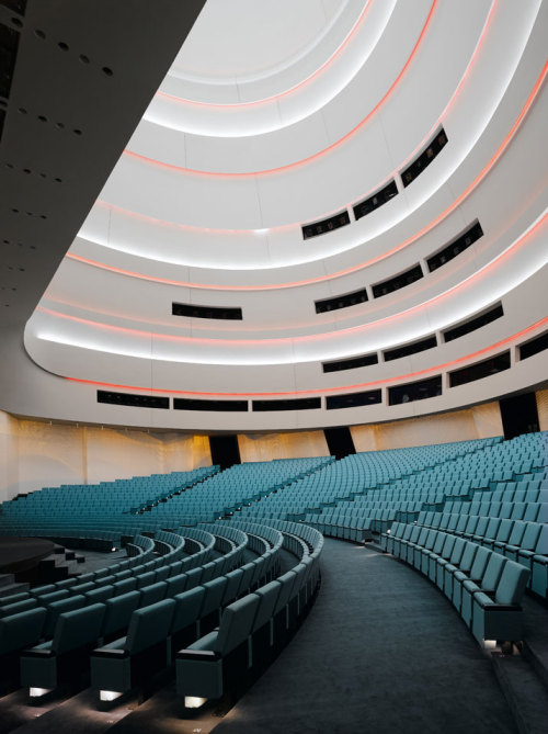 life1nmotion:  Palace of International Forums Uzbekistan by Ippolito Fleitz Group