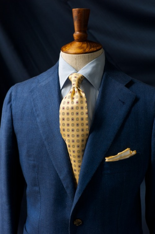 ethandesu:  Tie Knots for Antonio and Agyesh Drake's Buttermilk Silk Tie Simonnot Godard Linen Pochette