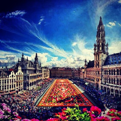 Just booked a holiday to Brussels #YESSS 2013 is the year of #travel !!! #brussels #eurostar
