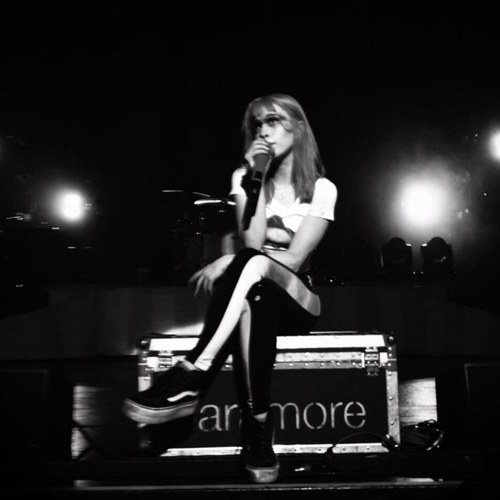new twitter icon @yelyahwilliams http://www.hayleywparamore.tumblr.com
